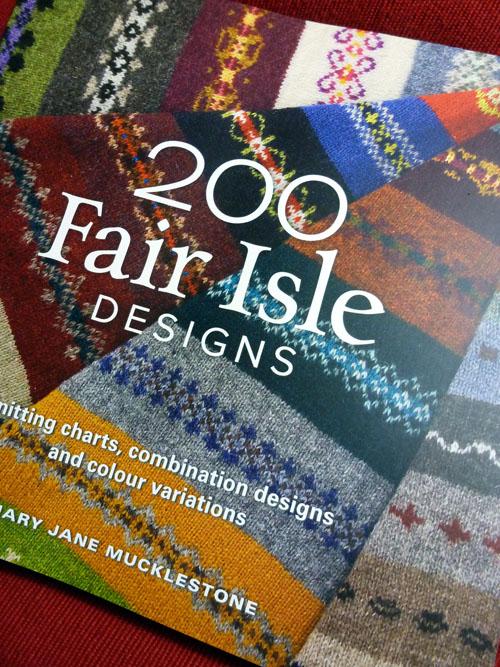 Book Review: 200 Fair Isle Motifs | A pile of sheep